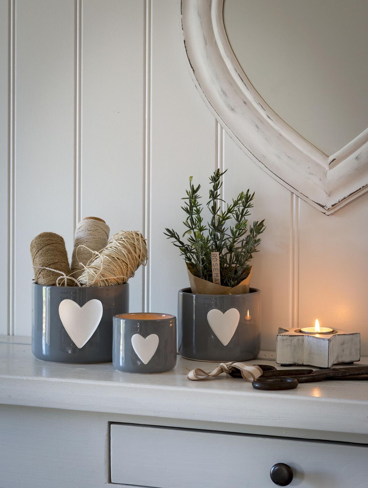 Retreat Grey Heart Ceramic Pots