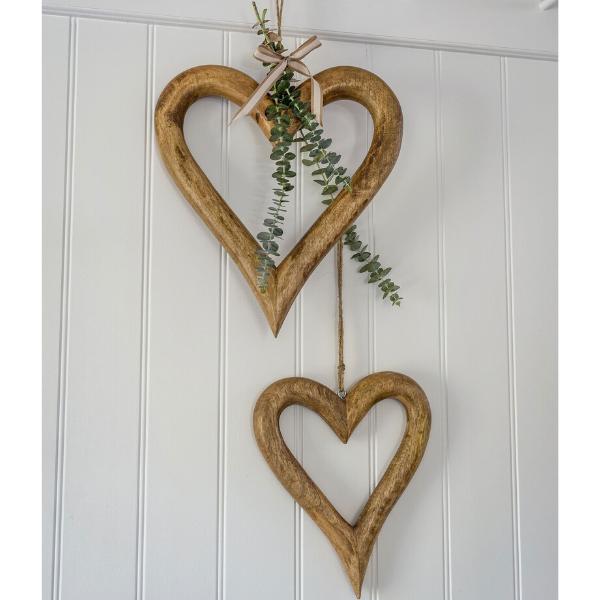 Retreat Natural Wood Hollow Hearts