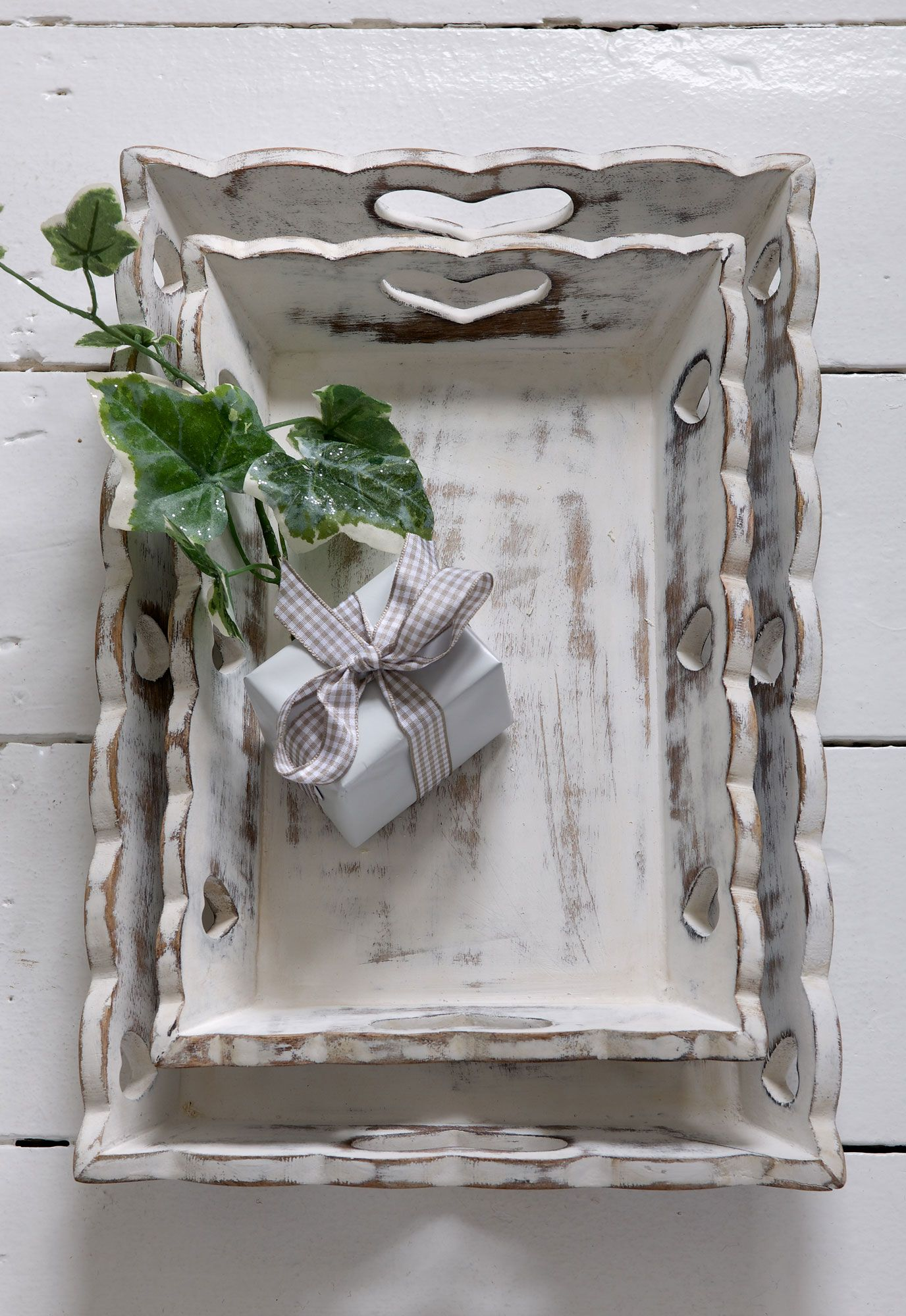Scallop Heart Vintage Trays